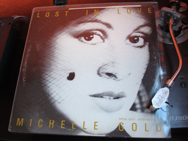 "MICHELLE GOLD ""lost in love"" MAXI  ... Terriblement doux......!!!!!"
