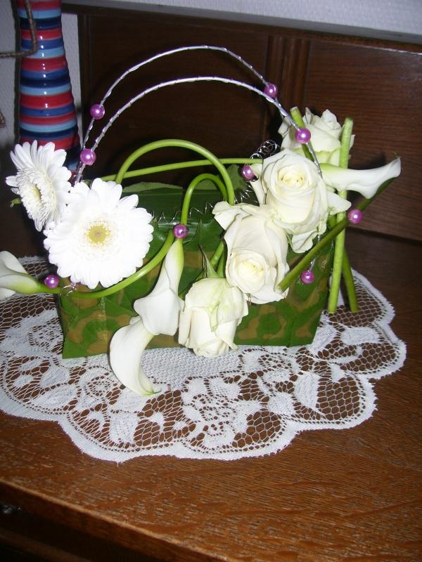 sac pour mariage nos montage de fleurs fait au cours. Black Bedroom Furniture Sets. Home Design Ideas